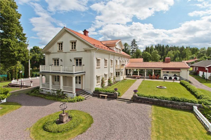 Svennis gård till salu för 40 miljoner
