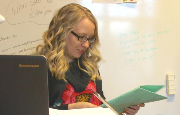 Mäklarbakgrunden stärkte Sofie i nya yrkeslivet