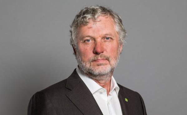 Bostadsministern gör utspel om reavinstskatten